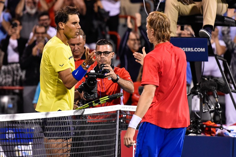Rafael Nadal (L) i Denis Shapovalov /AFP