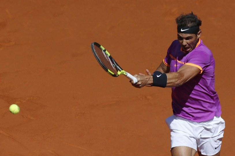 Rafael Nadal wygrał z Novakiem Djokoviciem pierwszy raz od 2014 roku /KIKO HUESCA /PAP/EPA