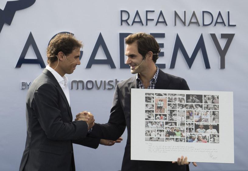 Rafael Nadal (z lewej) i Roger Federer /AFP