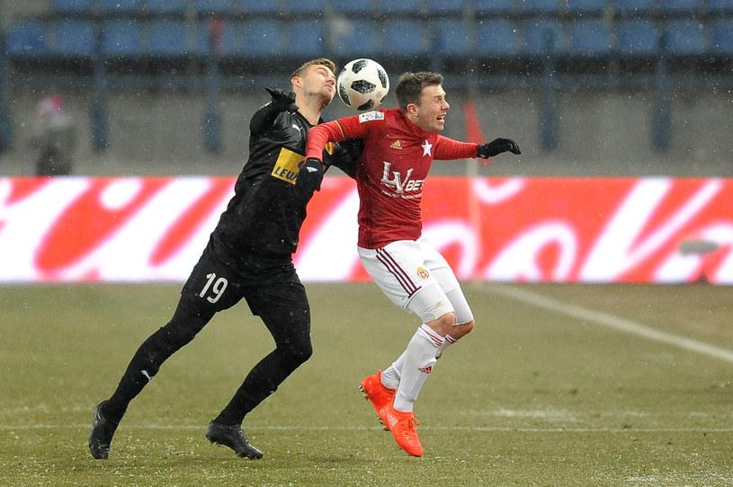 Rafał Boguski mówi, że rywale z Korony grali bardzo ostro /Newspix