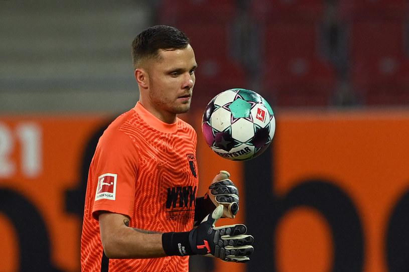 Rafał Gikiewicz podczas meczu z Borussią Moenchengladbach /AFP