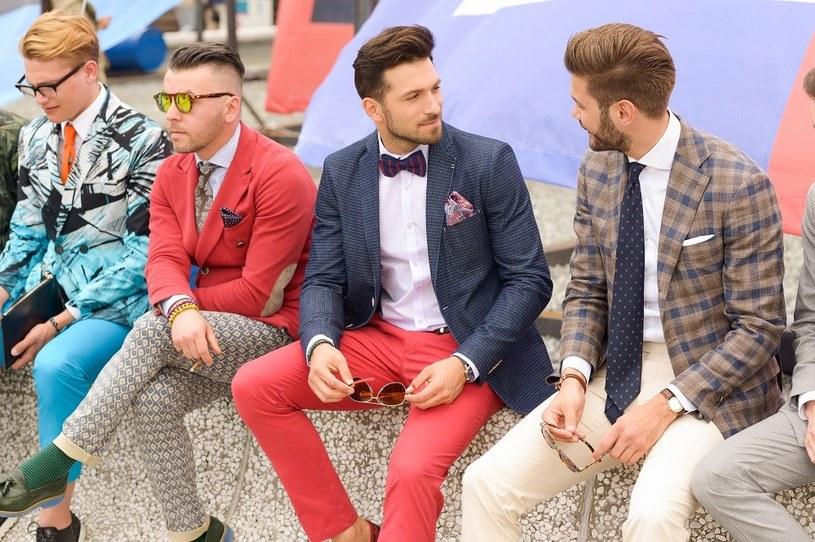 Rafał Maślak (drugi z prawej) w total looku Lavard zaprezentowanym podczas targów Pitti Uomo we Florencji /materiały prasowe