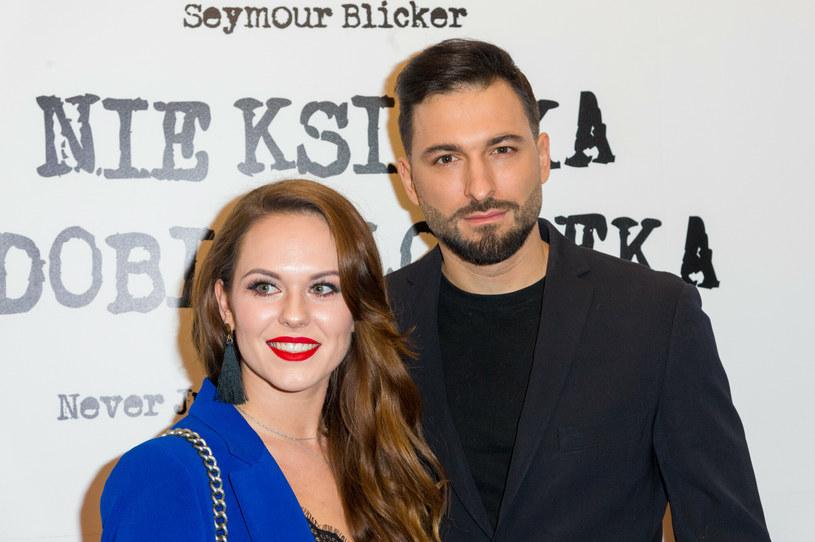 Rafał Maślak i jego żona, Kamila oczekują narodzin córeczki /Artur Zawadzki /Reporter