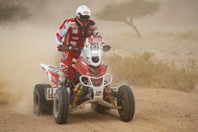 Rafał Sonik na trasie Rajdu Dakar 2020 /PAP