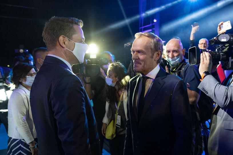 Rafał Trzaskowski i Donald Tusk / fot Jacek Dominski /East News