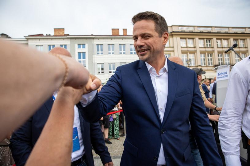 Rafał Trzaskowski podczas spotkania z wyborcami /Rafal Gaglewski /Reporter