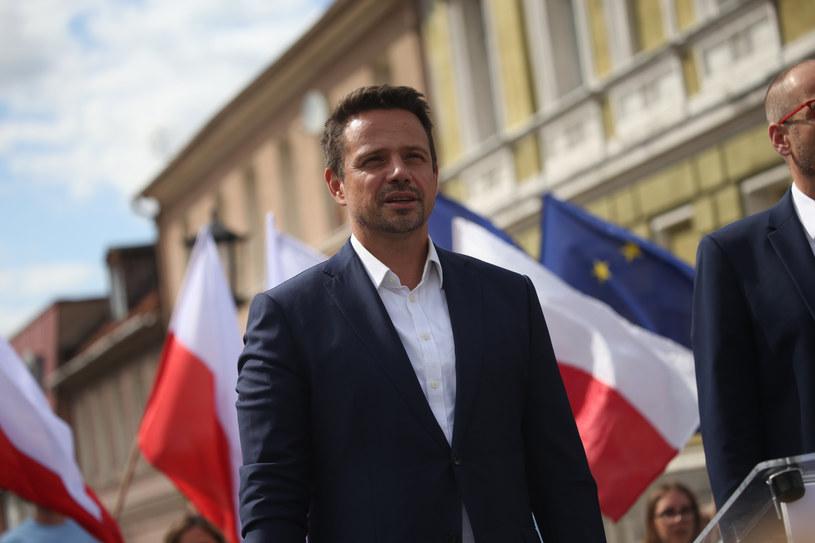 Rafał Trzaskowski podczas wizyty w Gnieźnie /Adam Jastrzebowski/REPORTER /Reporter