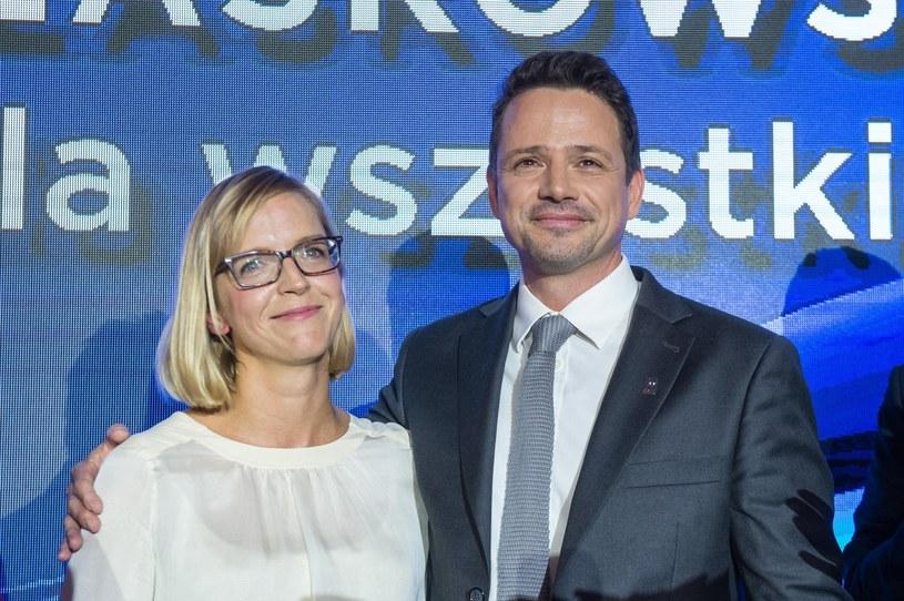 Rafał Trzaskowski z żoną /Jacek Domiński /Reporter