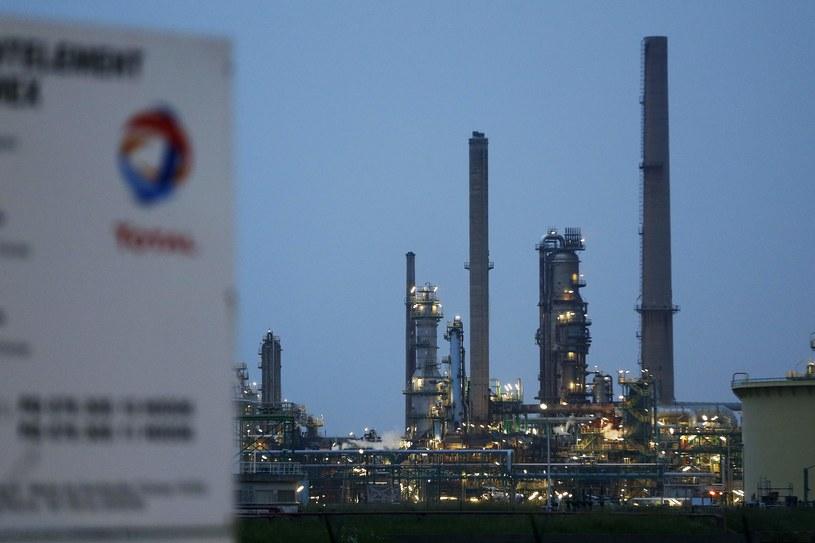 Rafineria Total w Gonfreville-l'Orcher /CHARLY TRIBALLEAU  /AFP