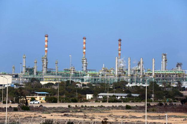 Rafineria w mieście Mellitah fot. Mahmud Turkia /AFP