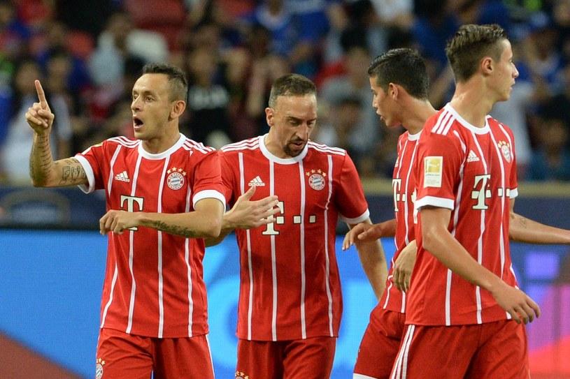 Rafinha (pierwszy z lewej) strzelił pierwszego gola dla Bayernu /AFP