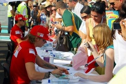 Raikkonen cieszy się poparciem fanów /AFP