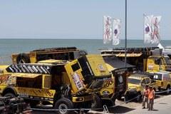 Rajd Dakar 2012: Pojazdy w porcie Mar del Plata