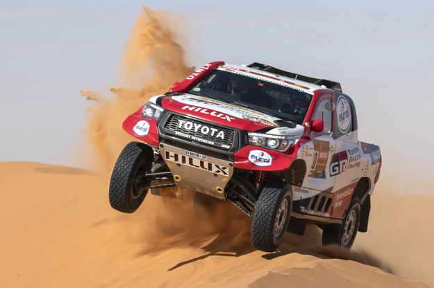 Rajd Dakar - Alonso drugi na ósmym etapie, szóste miejsce Przygońskiego /ANDRE PAIN /PAP/EPA