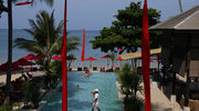 Rajska wyspa szczęśliwych turystów