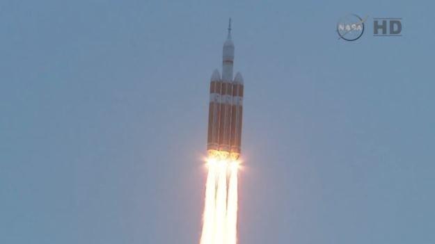 Rakieta Delta IV Heavy wraz z kapsułą Orion wystartowała /NASA