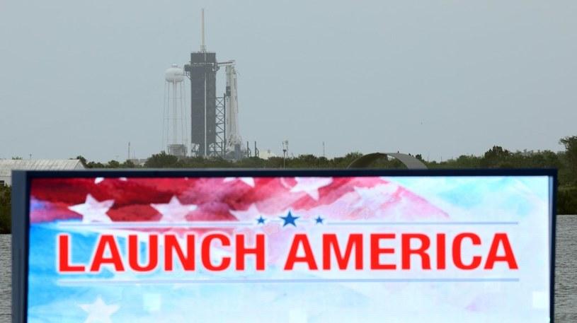 Rakieta Falcon 9 jest już gotowa do startu /AFP