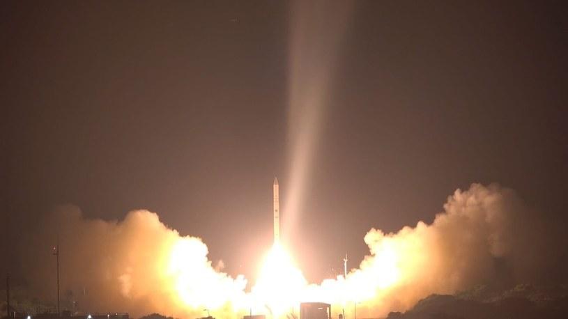 Rakieta Shavit-2 /Kosmonauta