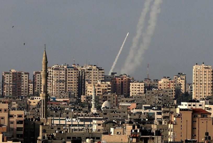 Rakiety wystrzelone ze Strefy Gazy /MAHMUD HAMS /East News