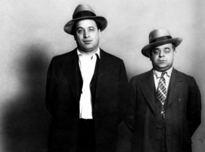 Ralph Capone (z lewej) - to jemu udało się skutecznie przypomnieć Jamesowi o jego korzeniach /Getty Images/Flash Press Media