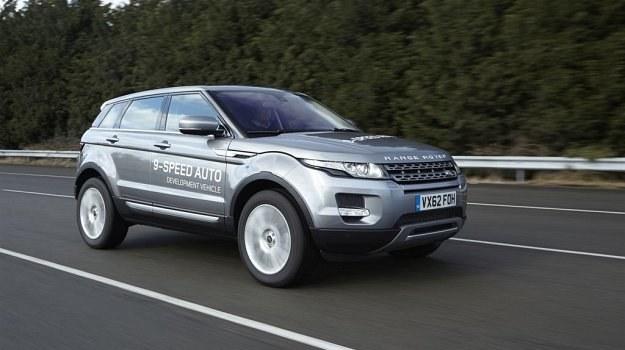 Range Rover Evoque z nową, 9-stopniową przekładnią. /Land Rover