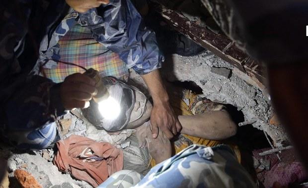 Raport: Trzęsienie ziemi w Nepalu