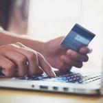 Raport: W sieci najczęściej kupują mężczyźni w średnim wieku