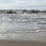 Ratownicy przerwali poszukiwania 21-latka. Do morza wszedł w nocy