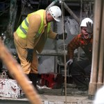 Ratownicy wycofani z tunelu w kopalni Wujek