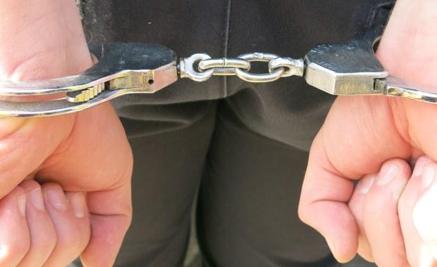 Ratownik medyczny podejrzany o seksualne wykorzystywanie uczennic