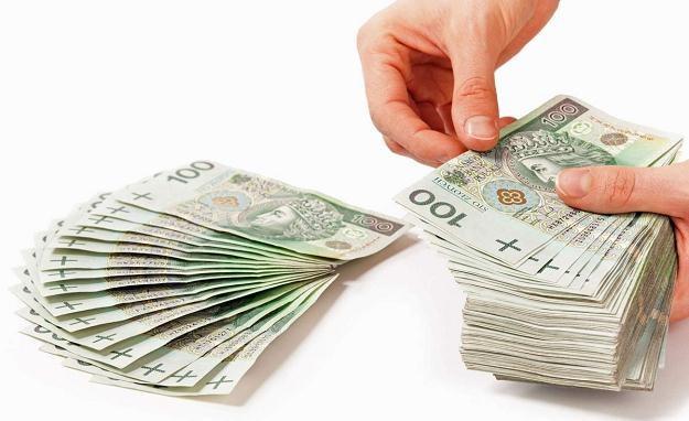 Raty kredytów hipotecznych w złotych spadły od połowy sierpnia o ok. 3,5 proc. /©123RF/PICSEL