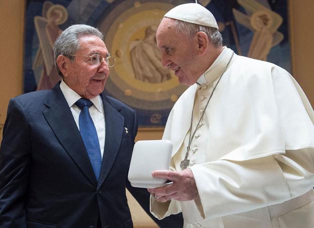 Raul Castro spotkał się z papieżem w maju b.r. /OSSERVATORE ROMANO  /AFP