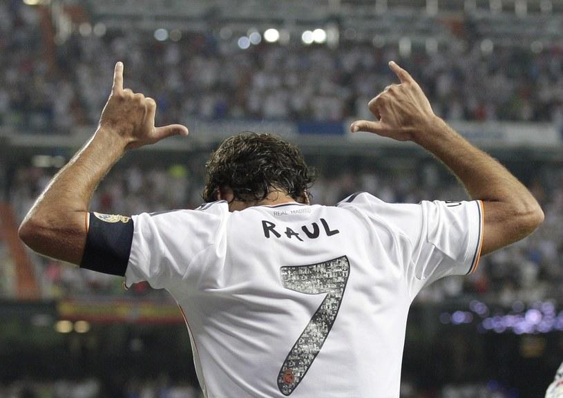 Raul Gonzalez oficjalnie pożegnał się z kibicami Realu Madryt /PAP/EPA