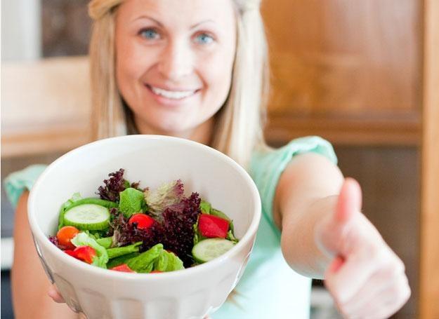 Raw dieta, czyli spożywanie surowego pokarmu jest najstarszym sposobem jedzenia na naszej planecie /© Panthermedia