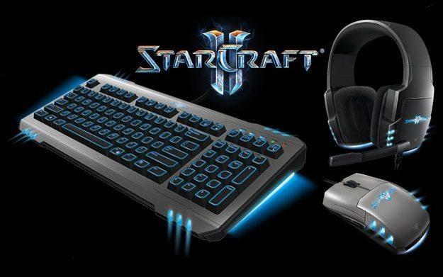 Razer StarCraft II to zestaw akcesoriów przeznaczonych głównie dla posiadaczy strategii Blizzarda /Informacja prasowa