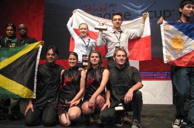 Reah z Białegostoku - Jacek Ciereszko i Joanna Wacław oraz polsko-hinduski zespół z Tajwanu /INTERIA.PL