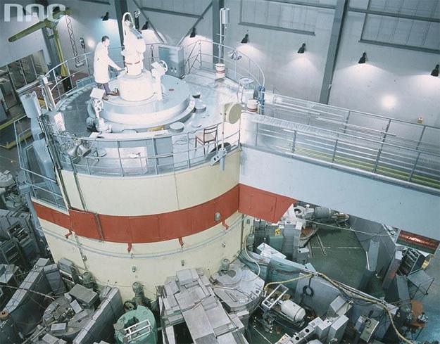 Reaktor atomowy EWA w Instytucie Badań Jądrowych w Świerku /Z archiwum Narodowego Archiwum Cyfrowego