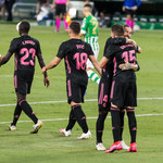 Real Betis - Real Madryt 2-3 w meczu 3. kolejki Primera Division