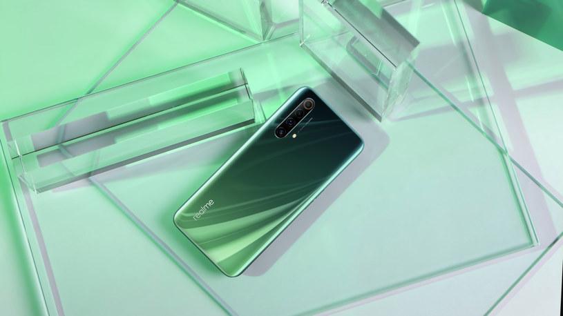 Realme X50 5G /materiały prasowe