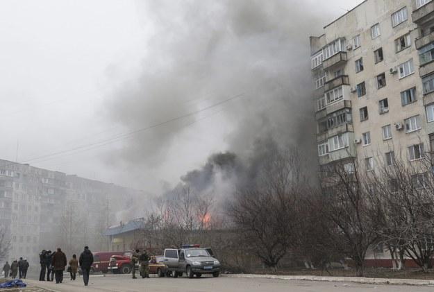Rebelianci ostrzelali bloki. Nie żyje 15 osób