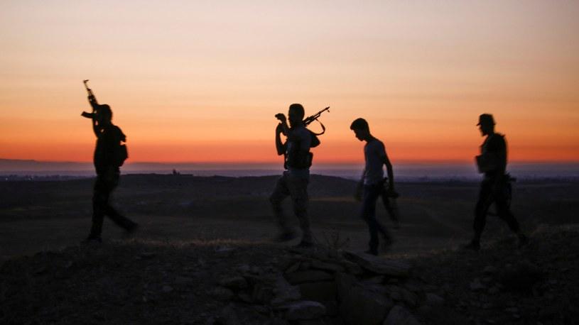 Rebelianci w prowincji Dara /MOHAMAD ABAZEED /AFP
