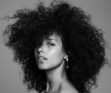"""Recenzja Alicia Keys """"Here"""": Bez makijażu"""