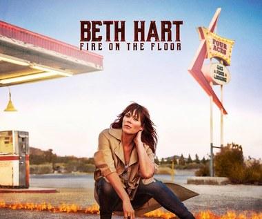 "Recenzja Beth Hart ""Fire on the Floor"": Bluesowa siłownia"