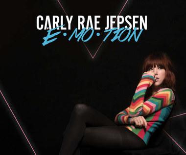 """Recenzja Carly Rae Jepsen """"Emotion"""": Masz jeszcze jej numer?"""