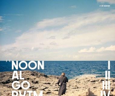 """Recenzja NOON """"Algorytm"""": Analogowy film"""