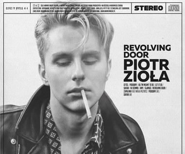 """Recenzja Piotr Zioła """"Revolving Door"""": Bez siermięgi i bigosu"""