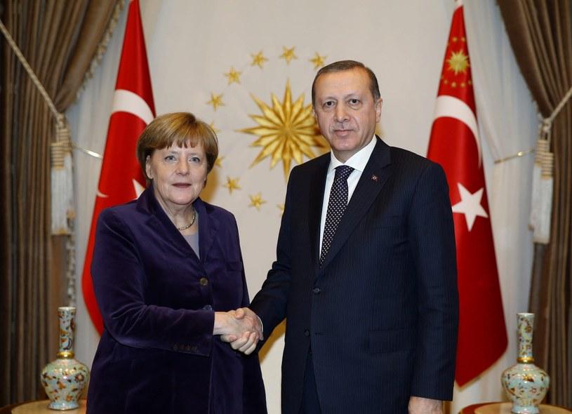 Recep Tayyip Erdogan i Angela Merkel podczas spotkania w Ankarze /PAP/EPA