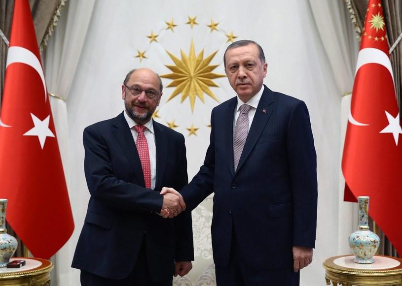 Recep Tayyip Erdogan i Martin Schulz /PAP/EPA