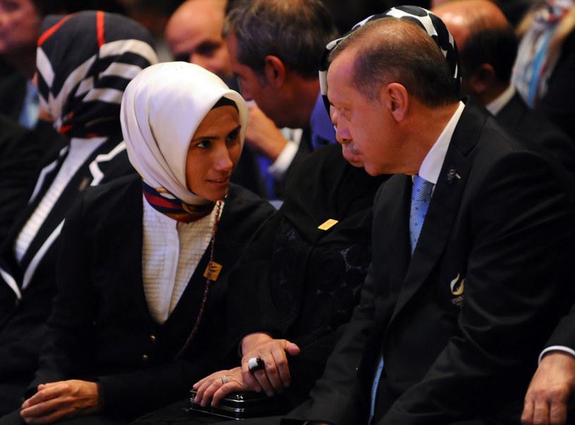 Recep Tayyip Erdogan z córką Sumeyye Erdogan; zdj. z 2013 roku /DANIEL GARCIA / AFP /AFP