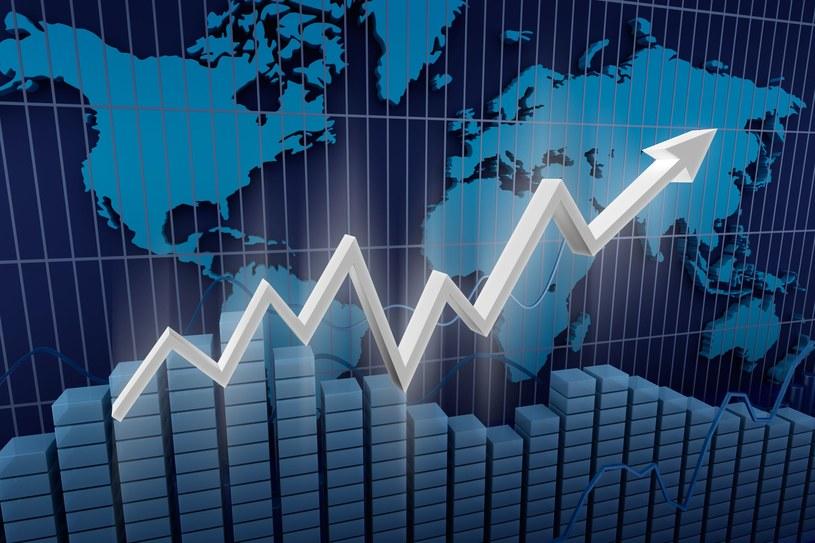 """Recesja będzie miała kształt litery """"W"""", spełniający najczarniejsze koszmary ekonomistów. /123RF/PICSEL"""